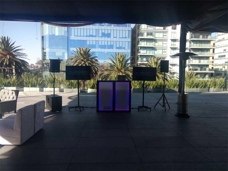 dj-para-fiestas-echoe_0029_2017-12-08-PHOTO-00004077
