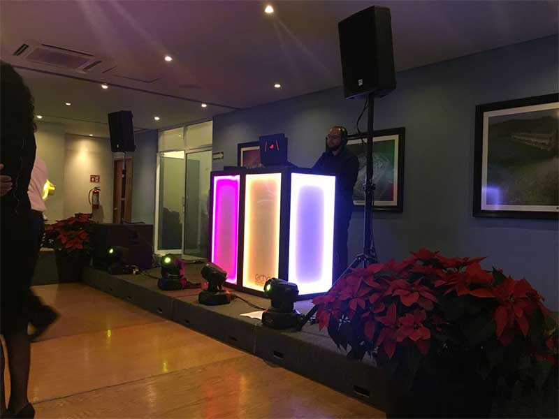 dj-para-fiestas-echoe_0032_2017-12-01-PHOTO-00003757